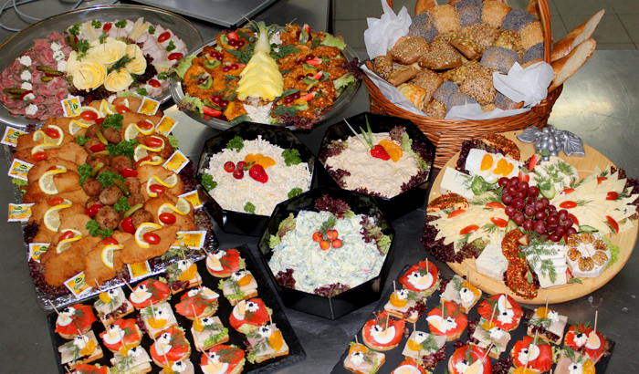 kalte buffets f r die familienfeier oder andere festivit ten party service spezial. Black Bedroom Furniture Sets. Home Design Ideas